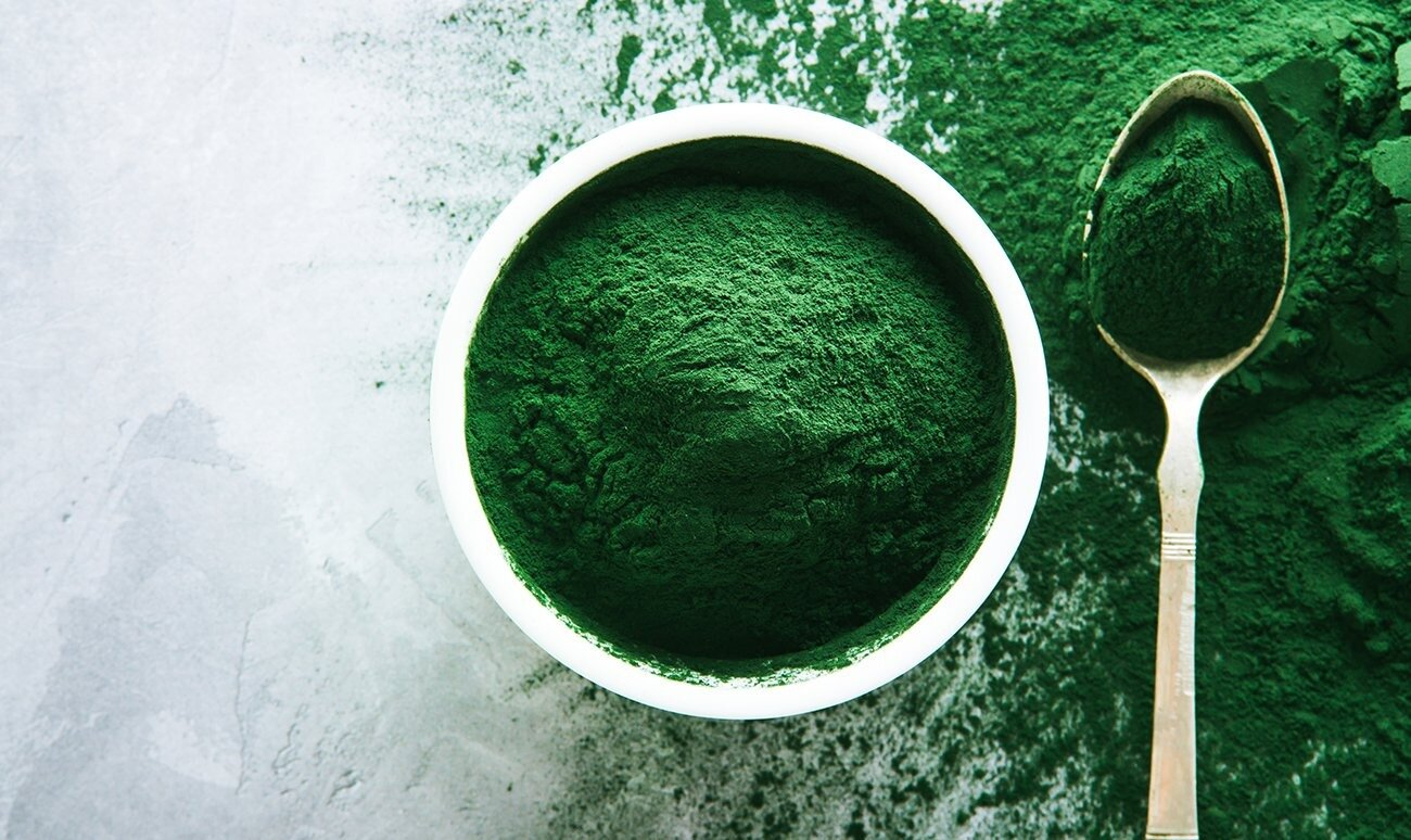 Super-food and super-ecological. Spirulina algae is the future of nutrition and clean air.
