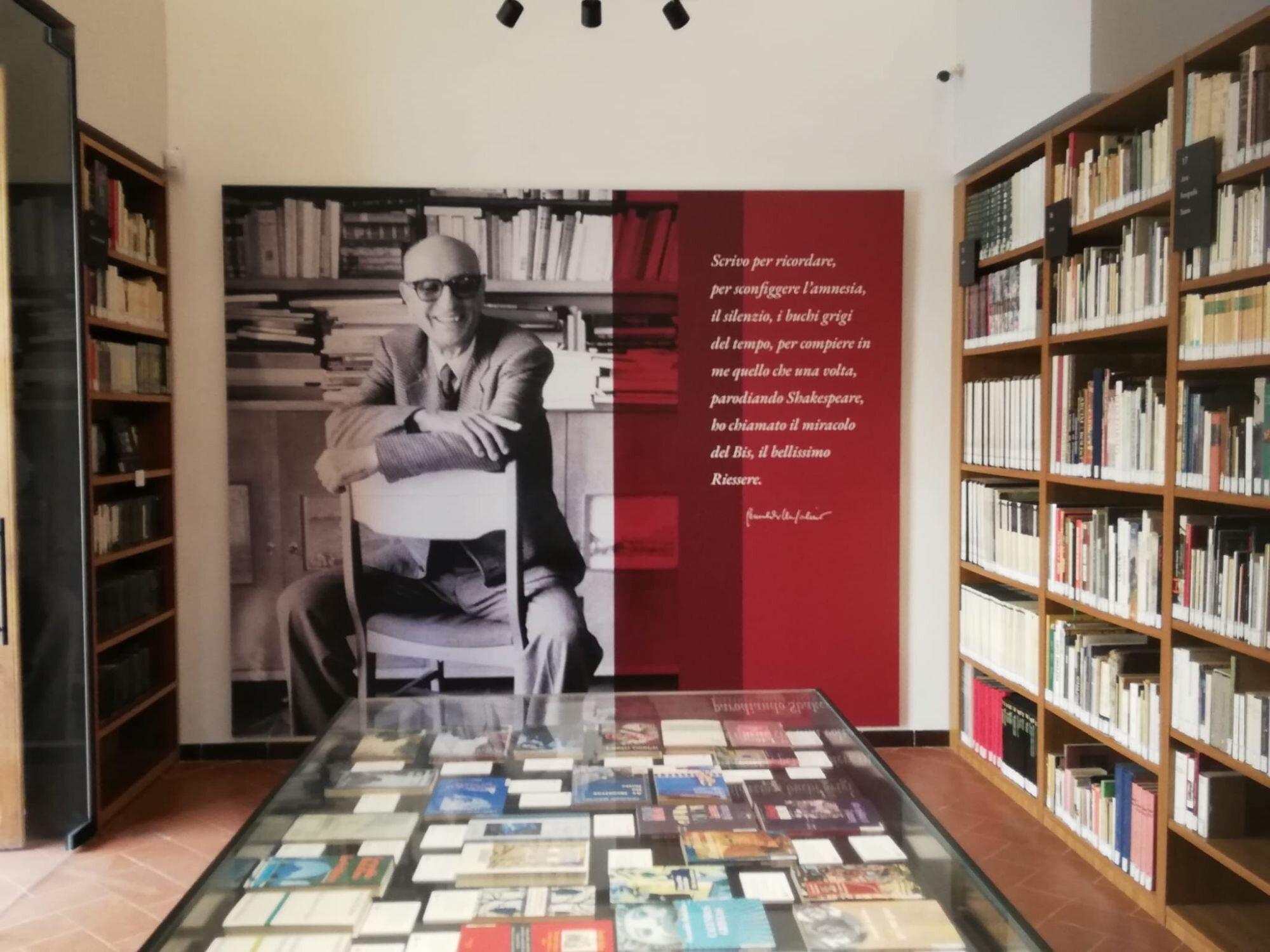 """""""In festa per Gesualdo"""": Comiso omaggia lo scrittore Gesualdo Bufalino e apre la nuova edizione di """"A tutto volume"""""""