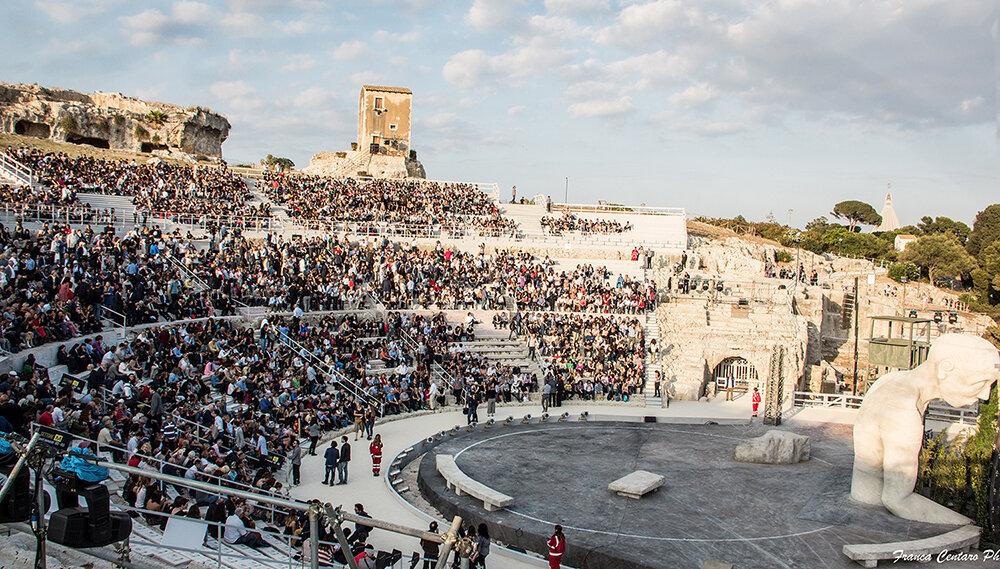 Lisistrata da Siracusa sarà a Cipro: l'intervista a Elisabetta Pozzi
