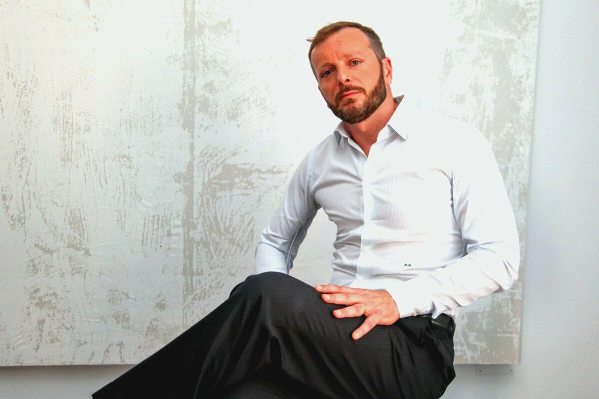 """TITTI SMERIGLIO presenta il suo primo album """"NON SO DIRTI NO"""" LIVE IN SICILIA"""