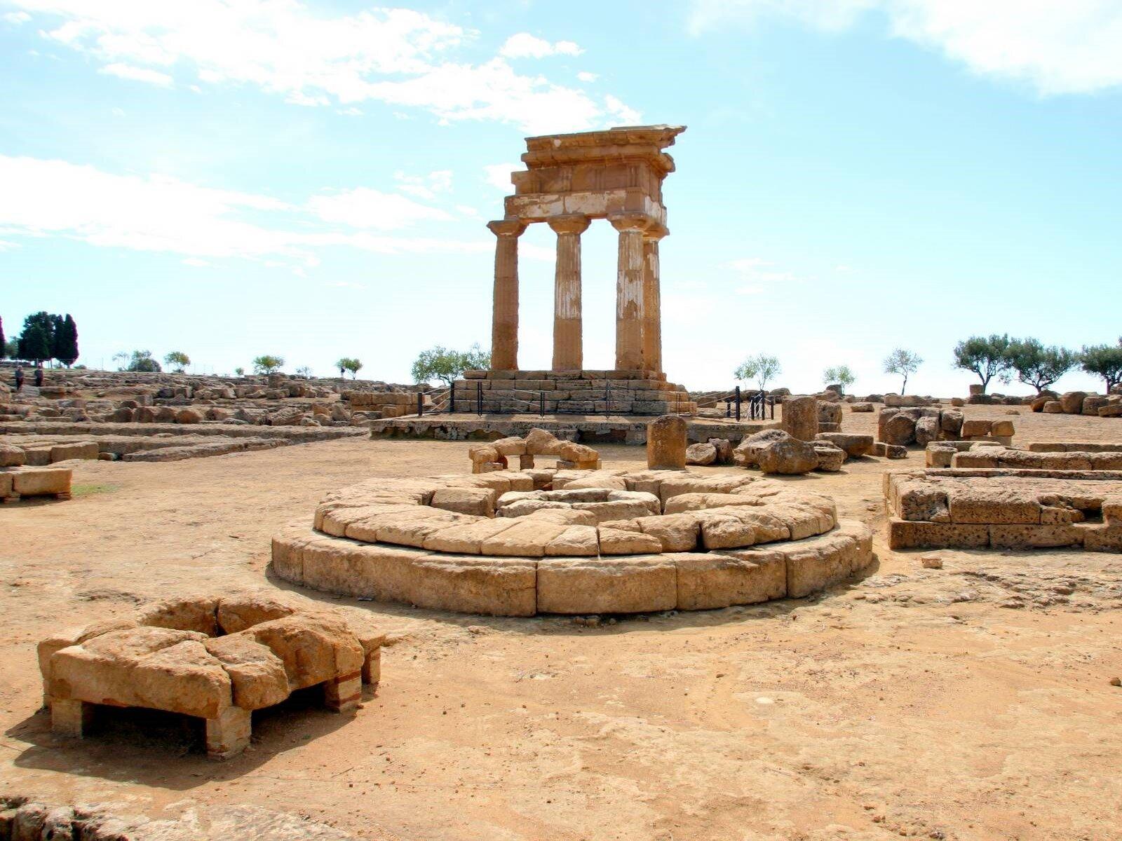 Valle dei Templi di Agrigento: rinvenuti nuovi oggetti di culto durante gli scavi archeologici