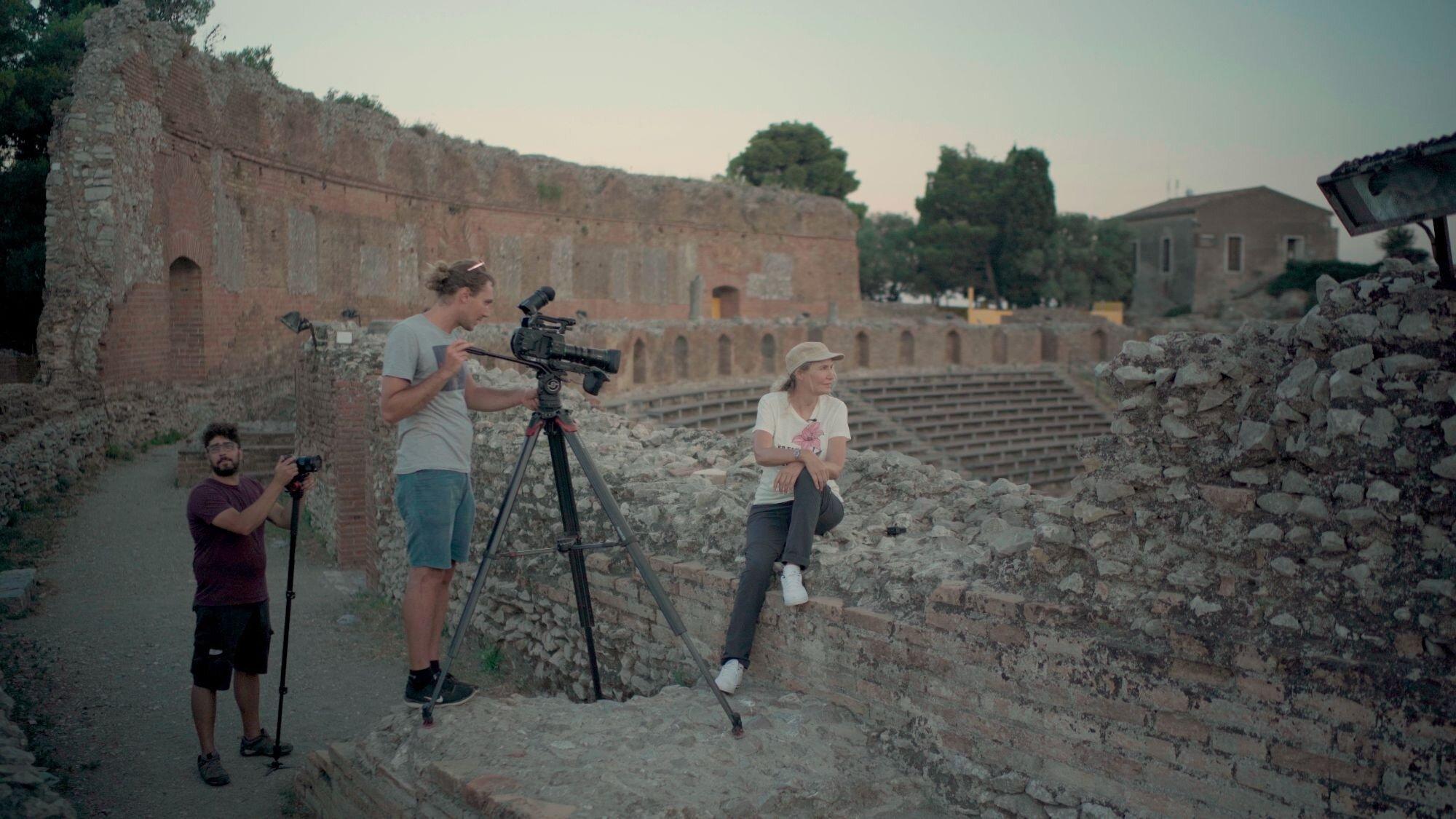 """""""Eden, Un pianeta da salvare"""": su La7 Licia Colò racconta Isola Bella, Taormina e l'Etna"""