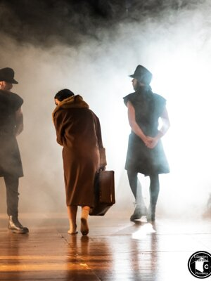 elisalecl-theatre42